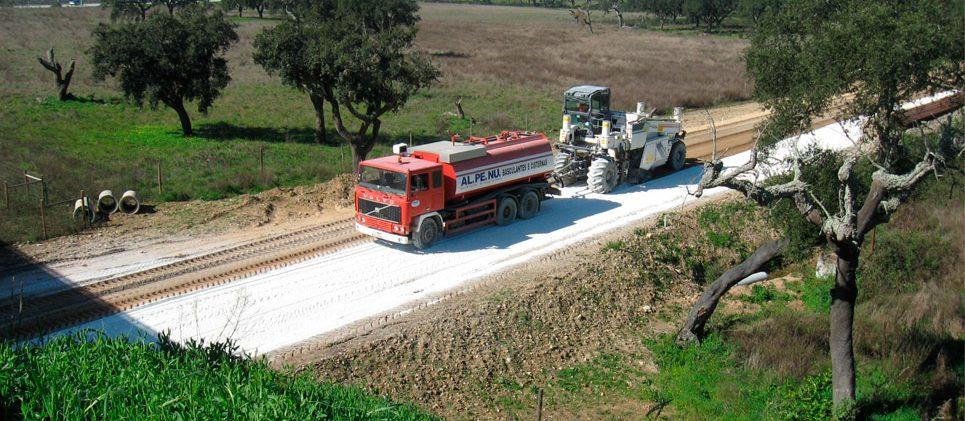 Tramo ferroviario en Évora (Portugal)