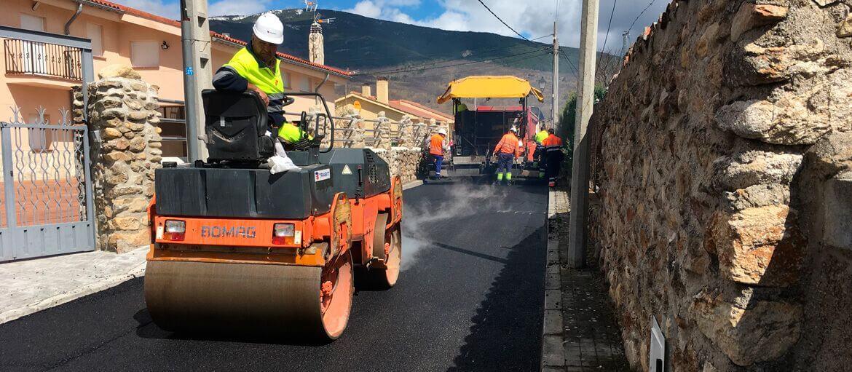 Sierra Norte de Madrid - Extendido de aglomerado en calles